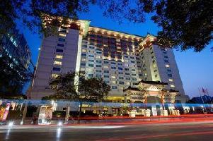 Hotel Peninsula Palace