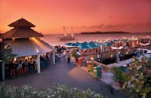 Hotel Ocean Key Resort