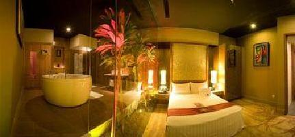 Naga World Hotel & Entertain