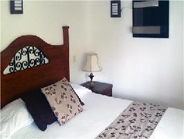 Hotel Cabanas Revi Inn