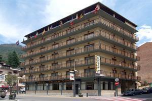 Co-princeps Hotel