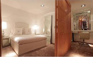 Hotel Domus Selecta Abalu Madrid Suites
