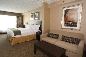 Holiday Inn Express Hotel & Suites Kingston - Standard Bb