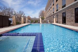 Hotel Holiday Inn Express & Suites Arlington (i 20 Parks Mall)