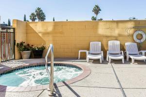Hotel Comfort Suites Downtown Sacramento