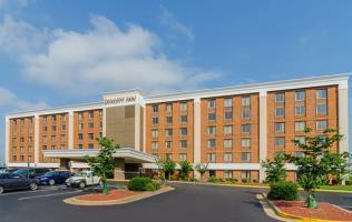 Hotel Quality Inn West End