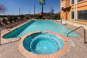 Hotel Quality Suites