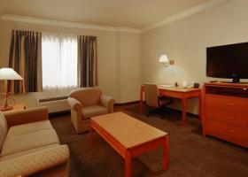 Hotel Comfort Suites San Jose Airport