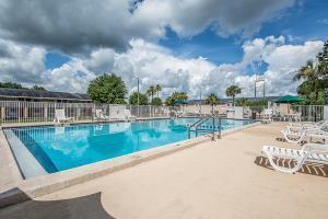 Hotel Rodeway Inn Gainesville