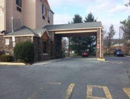 Hotel Baymont Inn & Suites Newark