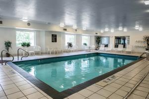 Hotel Sleep Inn & Suites