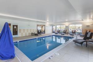 Hotel Comfort Suites Suffolk - Chesapeake