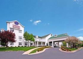 Hotel Comfort Suites Appleton Airport