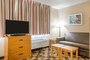 Hotel Mainstay Suites Milwaukee Airport