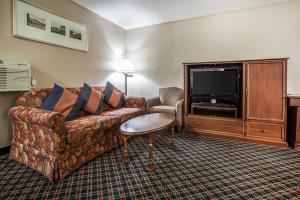 Hotel Econo Lodge Inn & Suites Des Moines - Merle Hay Rd