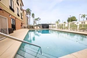 Hotel Comfort Suites Ucf/research Park