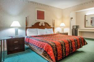 Hotel Rodeway Inn Parkway