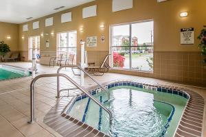Hotel Comfort Suites Urbana Champaign, University Area