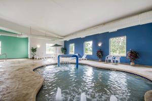 Hotel Comfort Suites Foxfire
