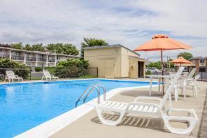 Hotel Econo Lodge Mystic - Groton