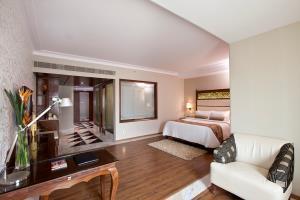 Goldfinch Hotel