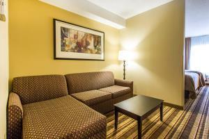 Hotel Comfort Inn & Suites Fort Campbell