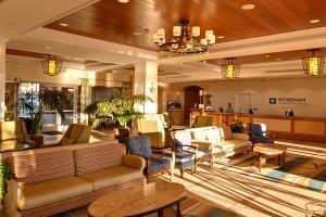 Hotel Wyndham Oceanside Pier Resort