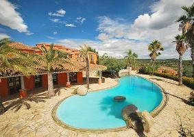Galanias Hotel And Retreat