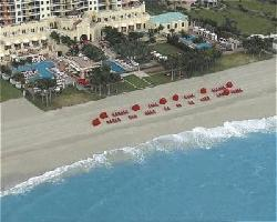 Hotel Acqualina Resort And Spa On The Beach