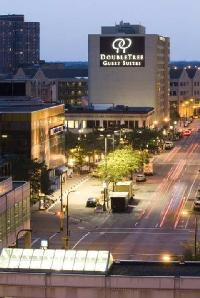 Doubletree Suites By Hilton Hotel Minneapolis