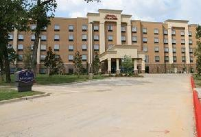 Hotel Hampton Inn & Suites Dallas-arlington North-entertainment DI