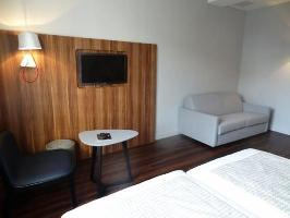 Atrium Suresnes Hotel