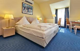 Hotel Tryp Wyndham Luebeck Aquamarin