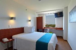 Hotel One Puerto Vallarta Aeropuerto