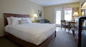Hotel Amsterdam Inn And Suites Moncton - Standard Cb