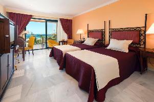 Hotel Barrosa Palace And Spa