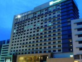 Hotel Holiday Inn And Suites Makati