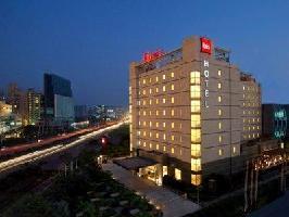 Hotel Ibis Gurgaon (t)