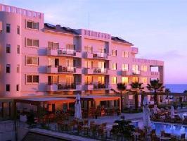 Hotel Capital Coast (1 Bedroom Suite)
