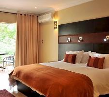 Hotel Safari Lodge Convention Center