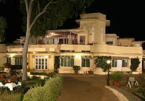 Hotel Shikarbadi