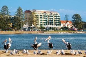Hotel Oaks Waterfront