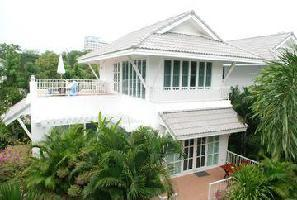 Hotel Laksasubha Resort