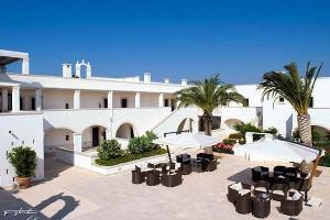 Hotel Borgo Bianco Resort E Spa