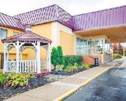 Hotel Clarion Inn & Suites Fairgrounds