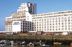 Hotel Grand Burstin