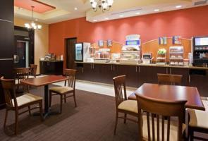Hotel Holiday Inn Express & Suites Woodstock South