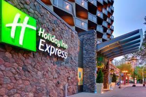 Hotel Holiday Inn Express Edmonton Downtown