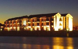 Hotel Portside