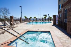 Hotel Holiday Inn Express & Suites Fresno South